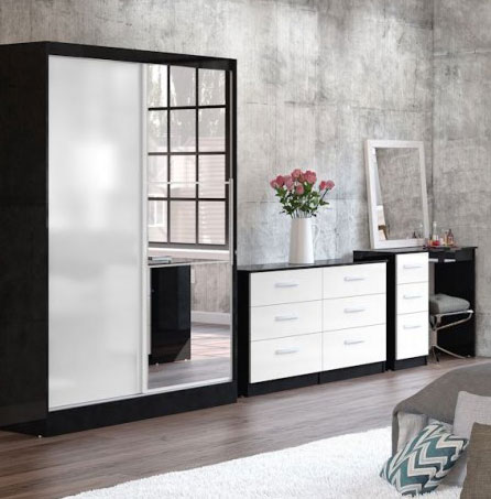 Links Black And White High Gloss Bedroom Furniture.£89-£399.