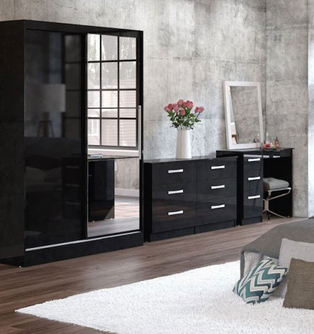 Links High Gloss Black Bedroom Furniture.£89-£399.
