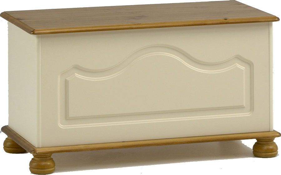 Richmond Cream Blanket Box