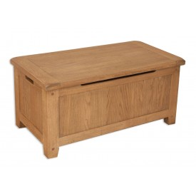 Melrose Oak Blanket Box