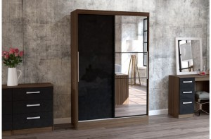 Links Walnut/High Gloss Black 2 Sliding Door Robe