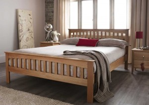 Windsor Classic Oak Three Quarter Bed Frame